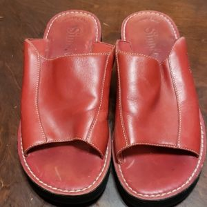 Simple red leather sandles size 7.5